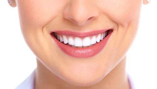 Trồng răng hàm giả bằng cấy răng implant 1